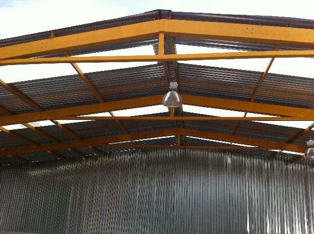 Estructuras met licas ligeras multycasetas for Cubiertas para techos livianas